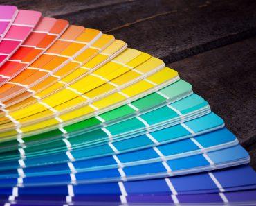 O carbono vem em cores diferentes?