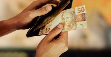 Quanto dinheiro devo manter no banco?