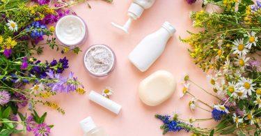 5 segredos para firmar sua pele com cosméticos naturais