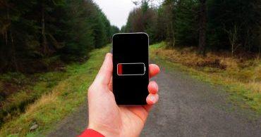 Por que seu smartphone perde carga, mesmo quando você não o usa?
